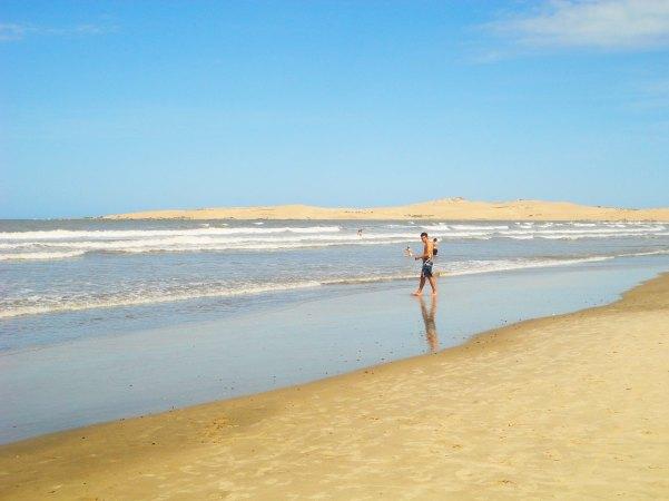 Playa de Valizas y las dunas